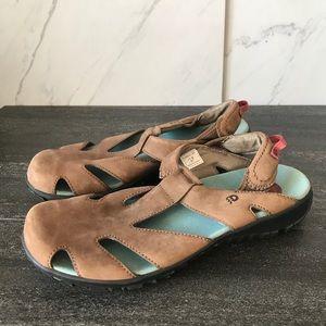 Dunham Leather Comfort Women's Brown Sandal